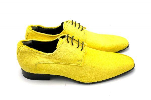 scarpa in cavallino giallo