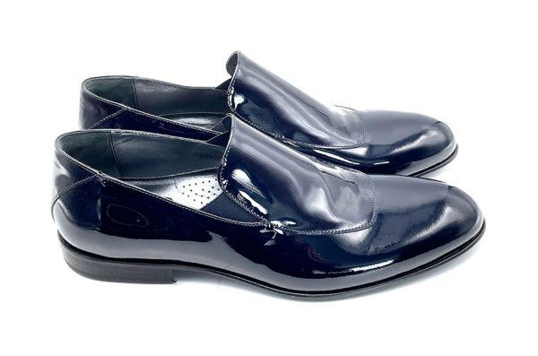 pantofola in vernice